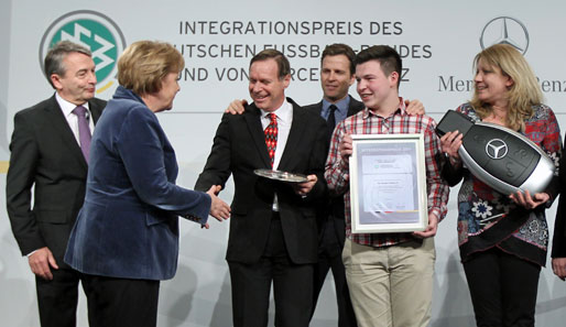 dfb-mercedes-benz-integrationspreis